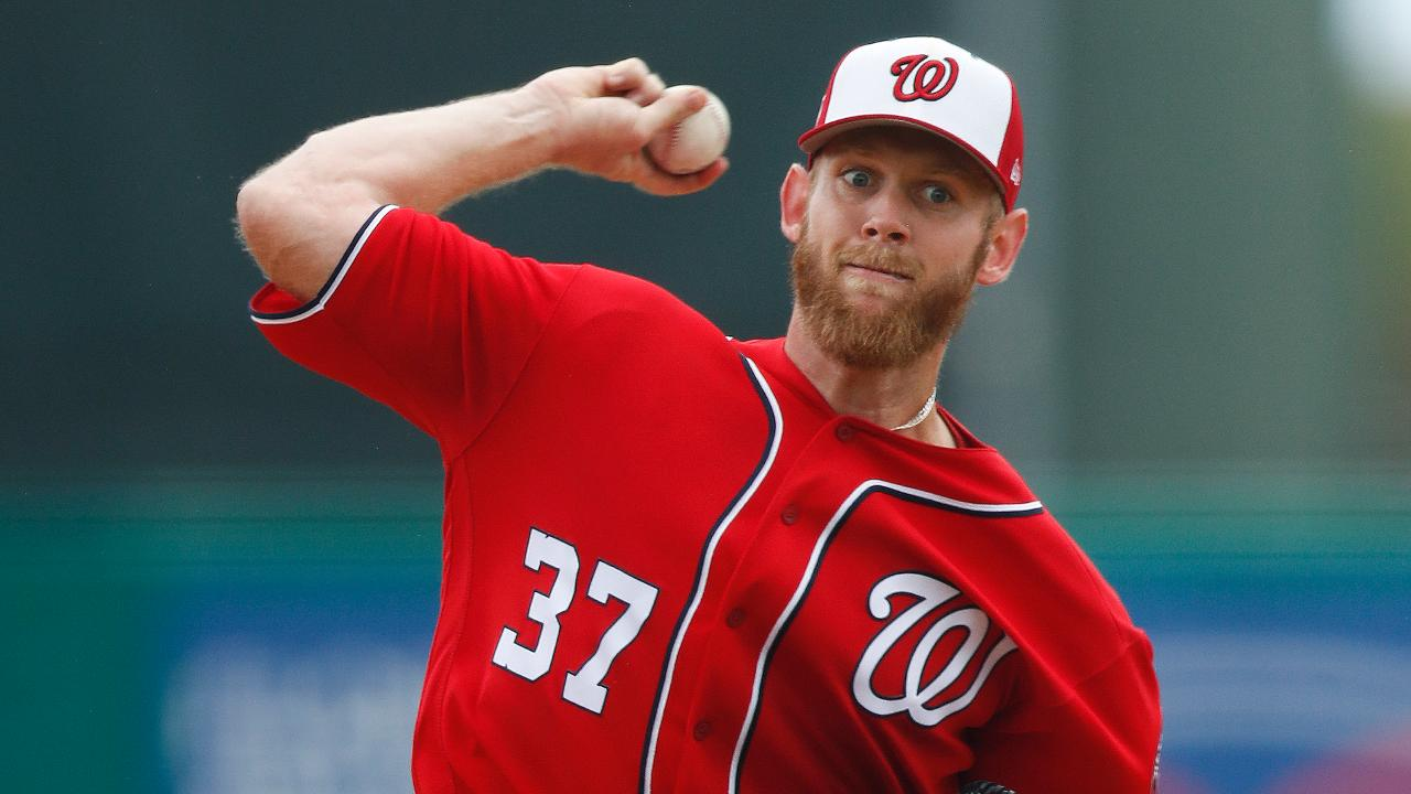 Stras brings heat in strong start, K's 5 Tigers